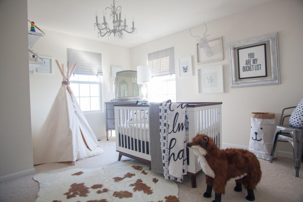 whimsical black and white nursery by jenin paradise 2
