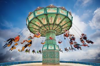 swing ride image